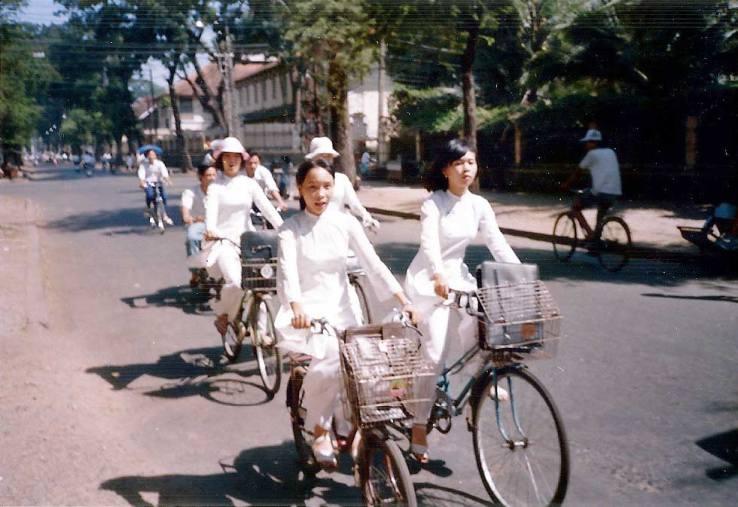 Vietnam-1990-5.jpg